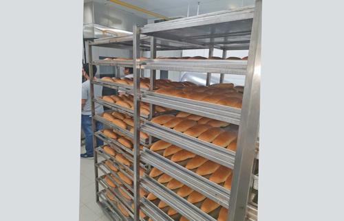 Pan horneado en un horno de aceite termico STATIC en Dubai