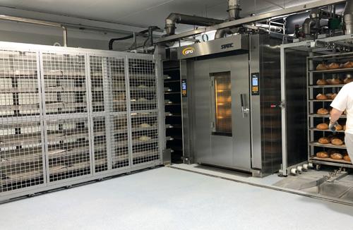 Dos hornos de aceite térmico STATIC REFRAC con cargador automático TRANSFER