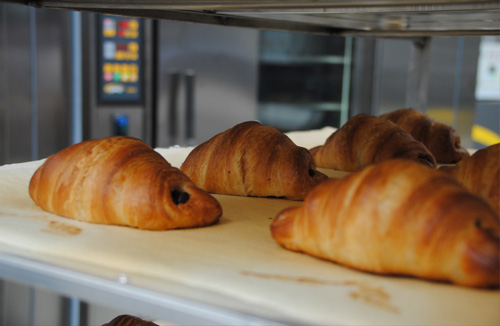 Croissants baked in a thermo oil rack STATIC baking oven